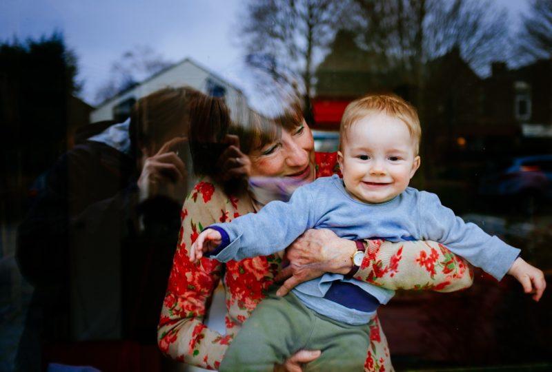 離婚して親に頼るメリットデメリットと、地元に帰らない場合のアドバイス