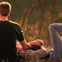 男性不信の女性から付き合うのが怖いと言われた!隠された心理とは?