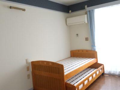 洋室(201と202)には親子ベッドが備え付け