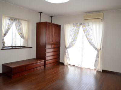 2階の部屋「203号(シリウス)」