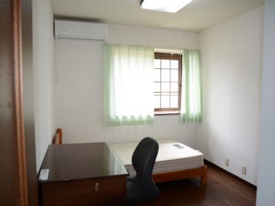 2階の部屋「202室(アルビレオ)」