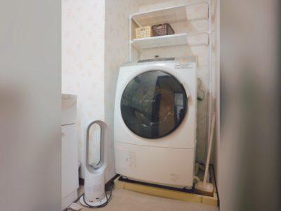 洗濯機1台あります