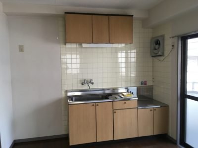 201号室キッチン(コンロはついていません)